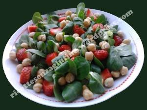 Ricetta insalata ceci e fragole vegan senza glutine