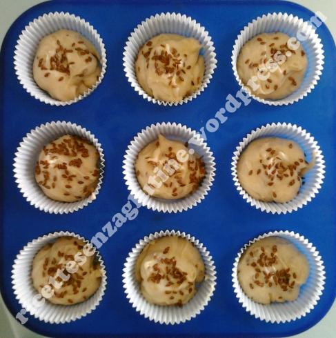 Muffin senza glutine e senza saccarosio con miele e yogurt