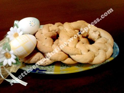 Trecce di Pane centrotavola senza glutine con alloro e peperoncino