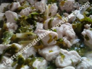 Ripieno per fagottini di tacchino e zenzero in foglie di bieta senza glutine