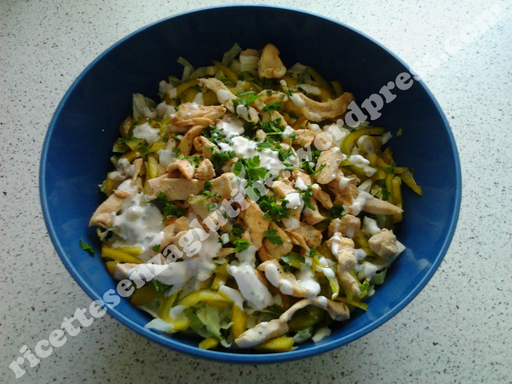Ricetta leggera senza glutine Caesar Salad con yogurt