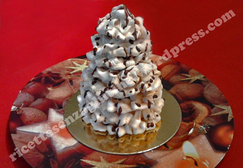 Dessert gluten free a base di meringa italiana cotta