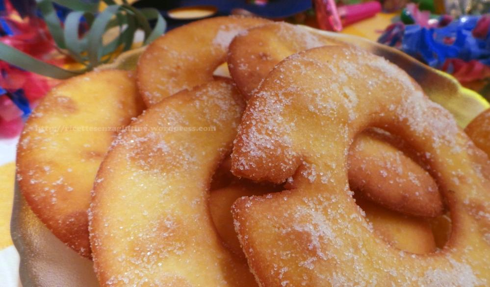 Anelli dolci fritti di Carnevale con impasto Castagnole senza glutine