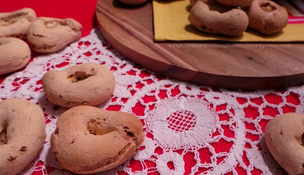 Taralli con semi di anice e farina di tapioca