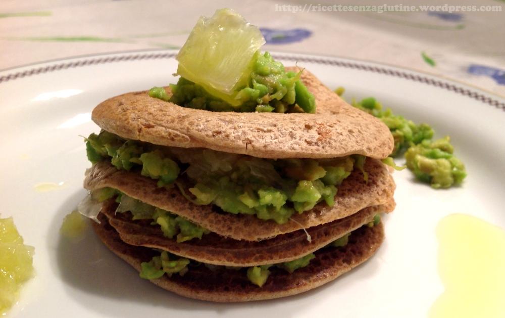 Millefoglie salata al lime e avocado con farina di teff bianco