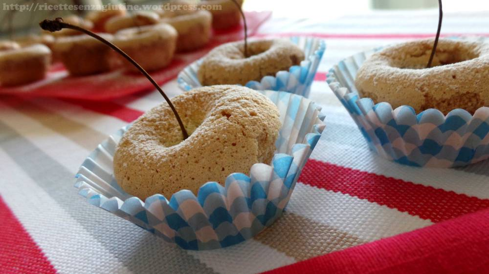 Mini Muffin con Ciliegie senza glutine latte lievito