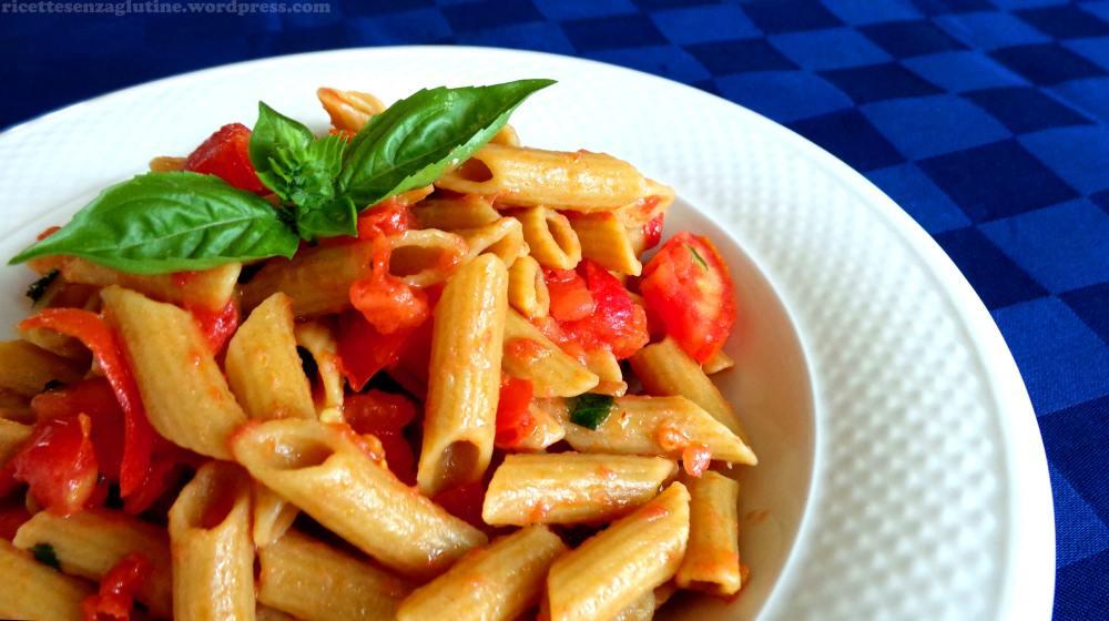Pasta senza glutine al teff con pomodoro fresco e basilico