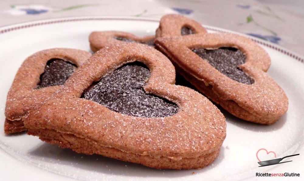 biscotti-frollini-senza-glutine-ripieni-cioccolato